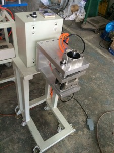 HS-MC003 outer bag punching machine for dunnage bag manufacturer